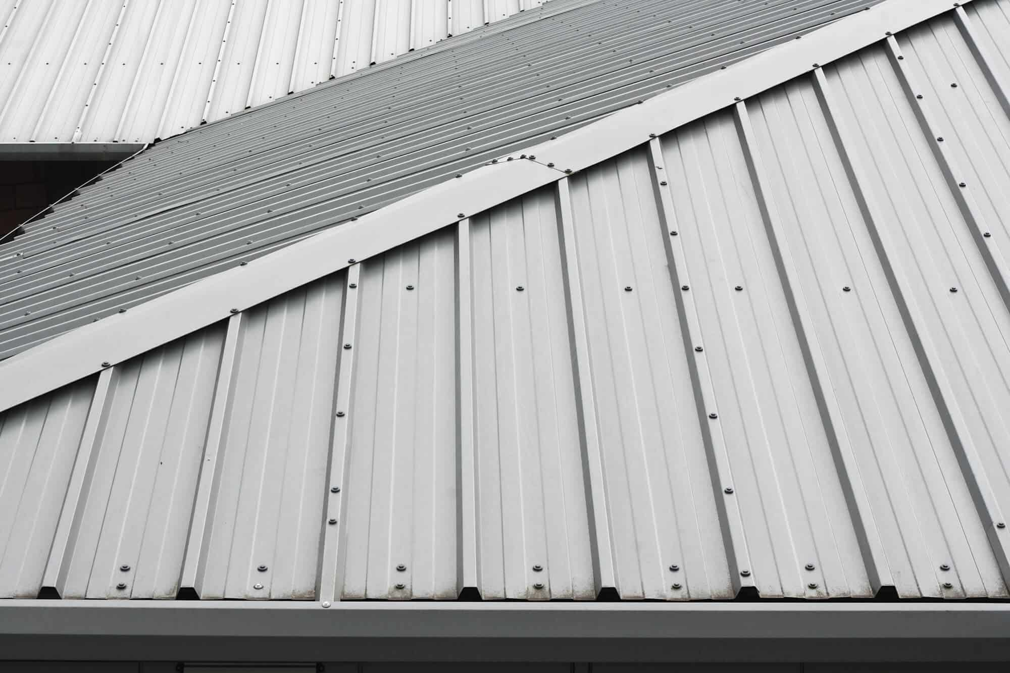 The Best Five Types Of Metal Roofing Materials For Your New Roof All Seasons