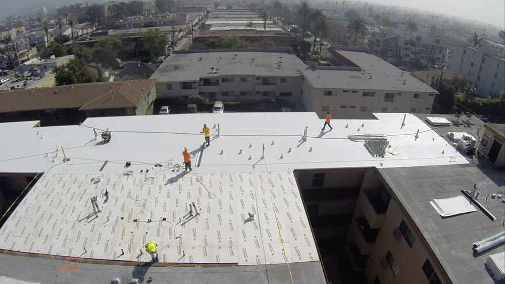 Why Use Flat Roof For Your Commercial Building All