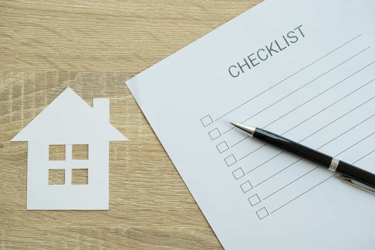 The-Roofing-Materials-Checklist.